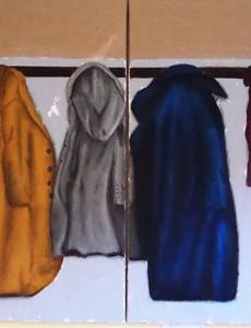 Tableau représentant des manteaux accrochés à des patères.